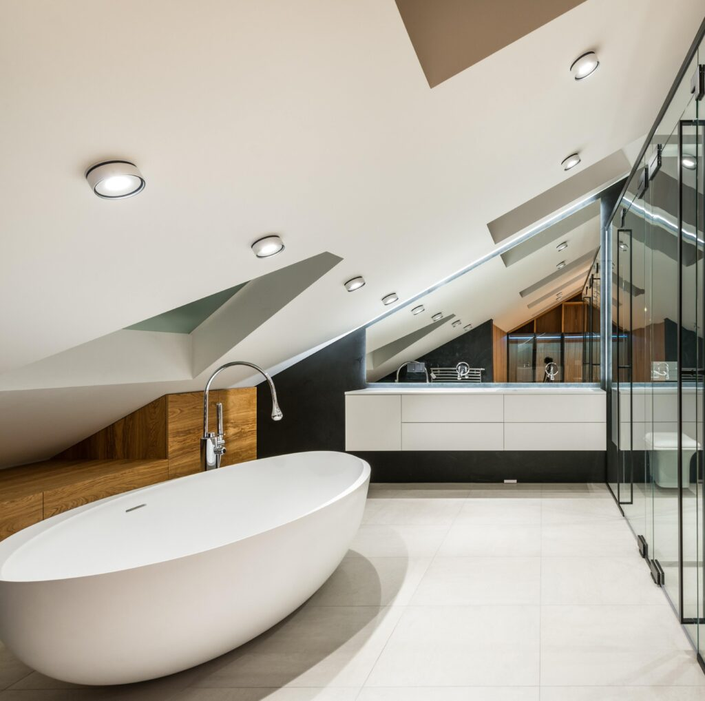 Modernes Dachgeschoss mit einer sinnvollen Planung